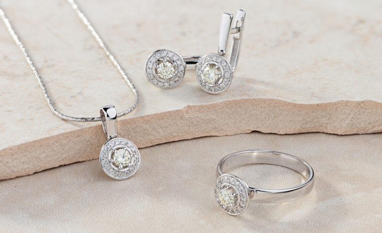 Des bijoux Swarovski tendances à petits prix disponibles chez Bijoux de rêve