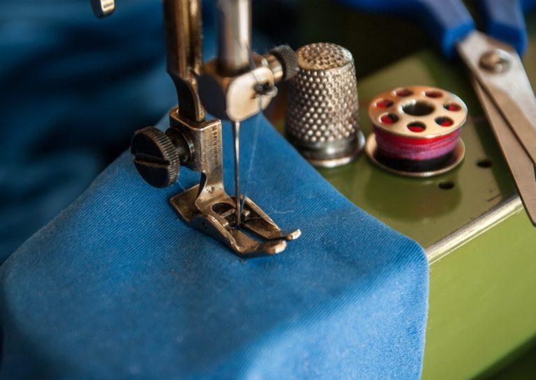 À la découverte des pannes courantes sur une machine à coudre