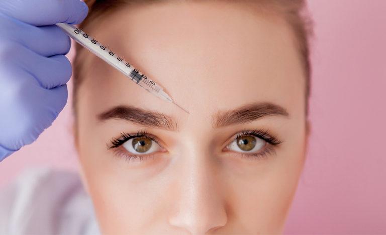 Pourquoi utiliser de l'acide hyaluronique pour le visage ?