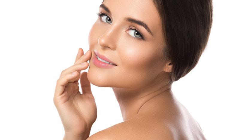 Revigorez et rajeunissez votre visage avec votre spécialiste beauté kiiubeauty