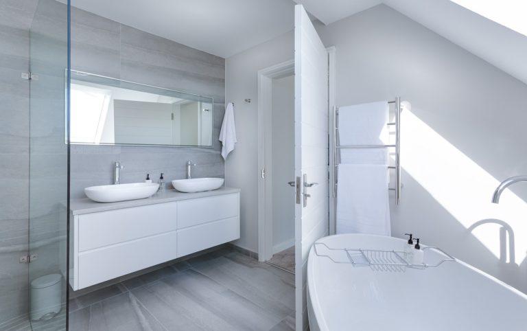 Choisir une serrure pour la porte de sa salle de bain