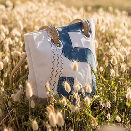 Tendance : sacs recyclés en voile de bateau