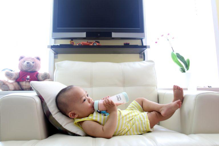 Quel biberon choisir quand vous allaitez votre bébé ?