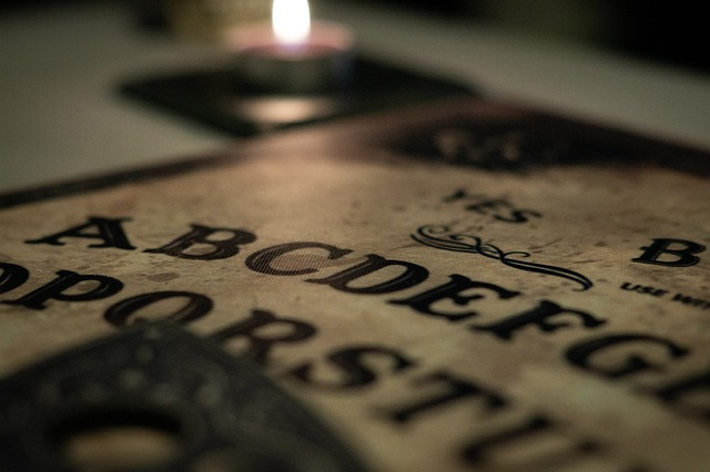 Qu'est-ce qu'une planche à Ouija ?
