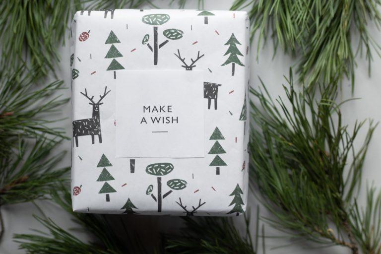 Emballer joliment son cadeau est essentiel !